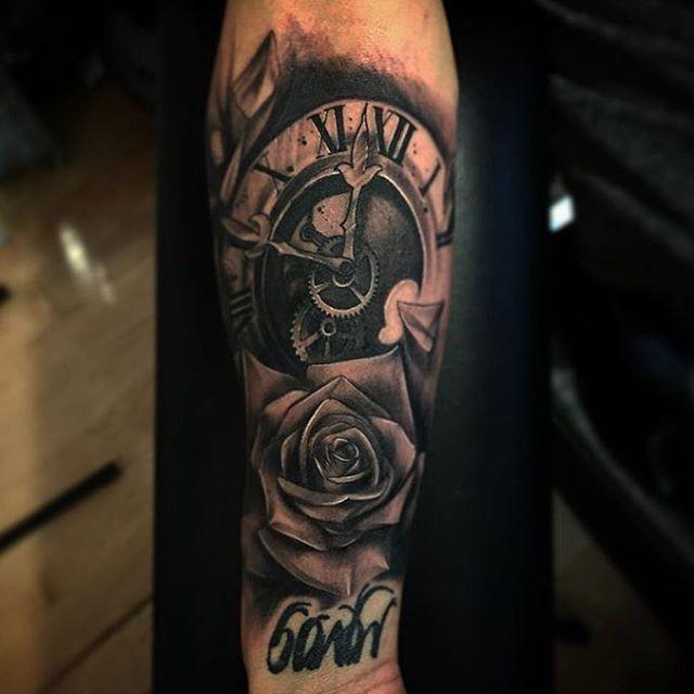 By @alex_deschenes_mtl  Oly Anger Tattoo  9 De La Commune West, Montreal  514-348-4225  #tattoo #quebectattooshops #montrealtattooshops #quebectattooartists #blackwork #blackinktattoos #tattooartistmagazine #tattooinkspiration #inkspiringtattoos #tattoo_art_worldwide #teamforklift #tattooisartmagazine @tattooworkers @tattoo.art @tattoo.artists #blackworksubmission #tattoodo #inkig #ink_ig #inkjecta #the_inkmasters #formink