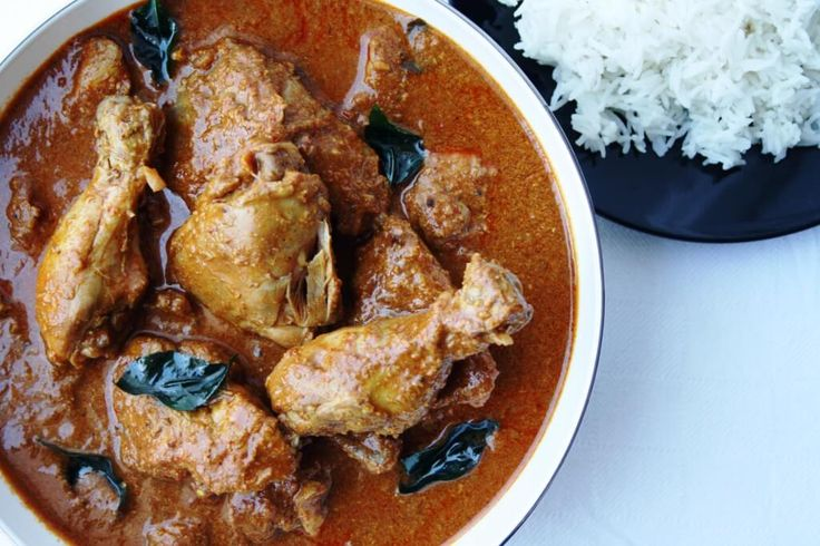 Mangalorean-Kori-Gassi -Mangalorean Chicken Curry with curry leaves, chillies and coconut milk