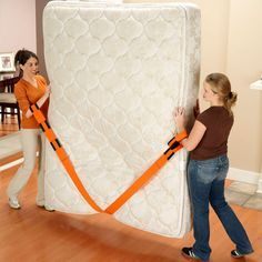 Forearm Forklift Moving Straps provide stability and help improve mobility when moving heavy or awkward items, such as mattresses, heavy appliances or large boxes. Getting up and down stairs and turning corners is a lot easier.