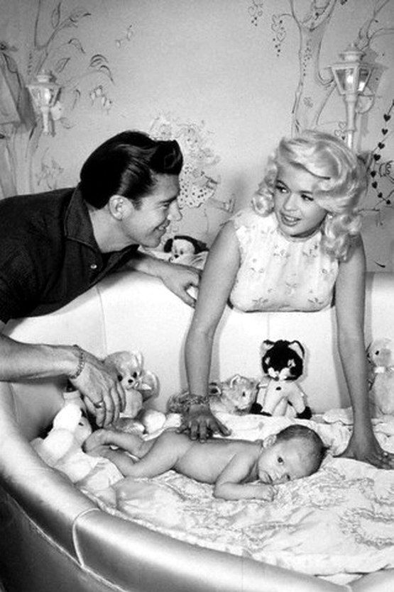 Jayne mansfield mickey hargitay and baby miklos c 1959 for How many children did jayne mansfield have