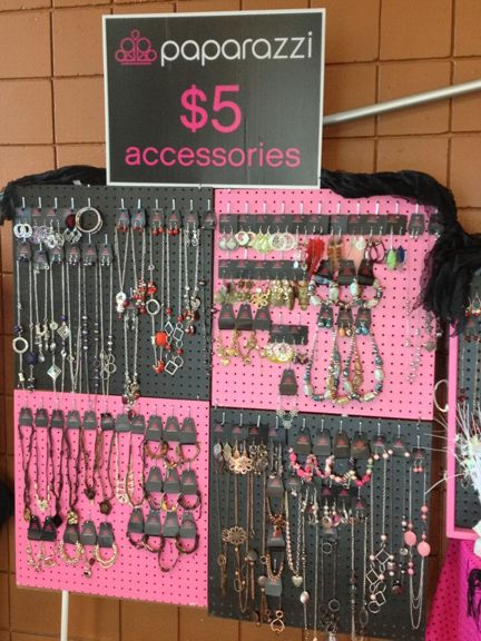 paparazzi jewelry displays | Helpful Shopping with Paparazzi Accessories Tips - News - Bubblews