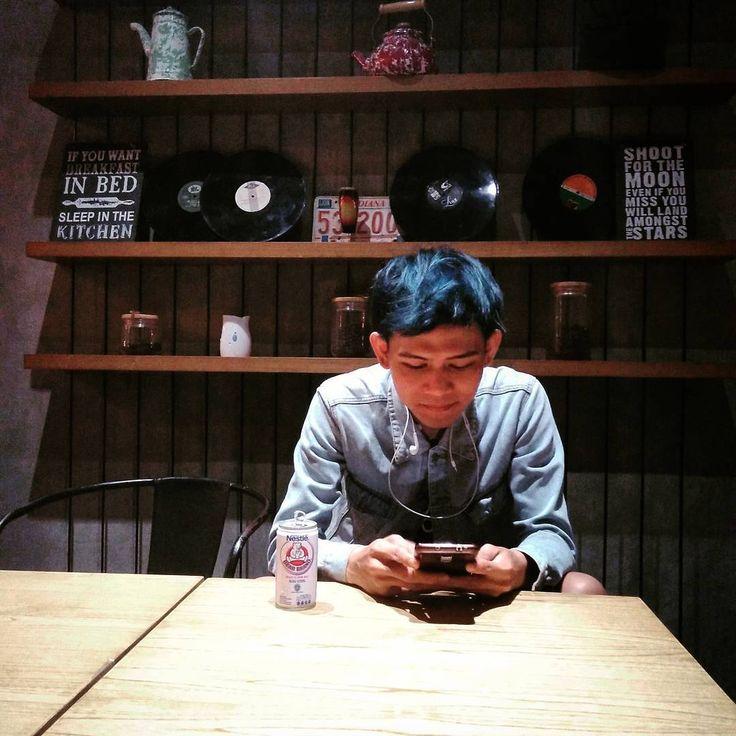 """1,254 Likes, 11 Comments - INDRA FRIMAWAN (@frimawan_) on Instagram: """"Udah nonton film#TemanMurni arti Gong Xi Fa Cai dari #BEARBRAND belum?  Tonton deh film nya di…"""""""