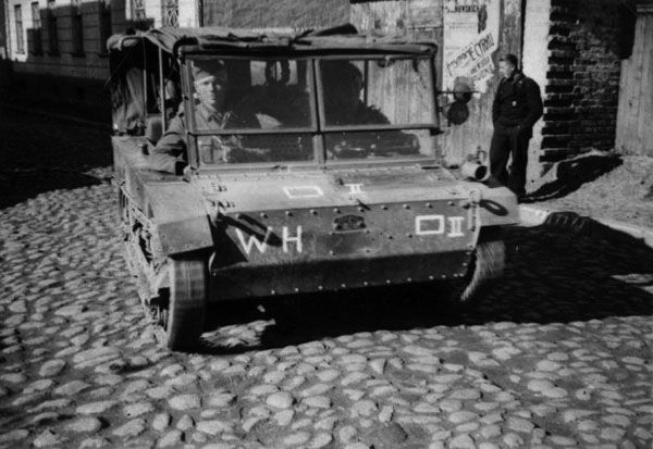 C2P Polish tracked Artillery Tractor operated by the Germans.