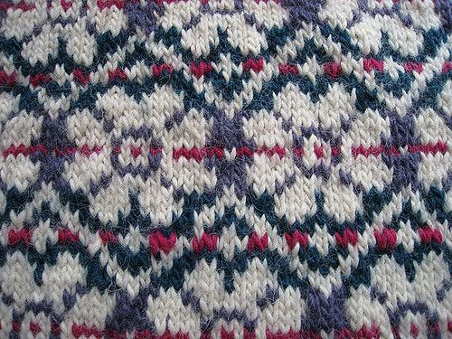 371 best nordic & fair isle patterns images on Pinterest ...