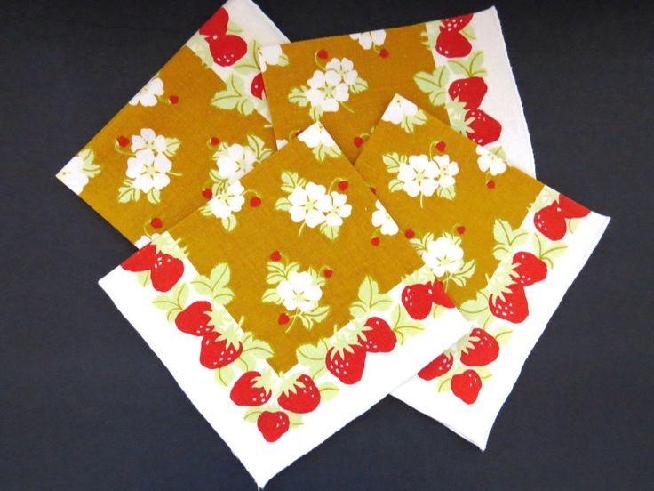 Vintage Strawberry Napkins - Set of 4 - Red Strawberries on Gold Cotton Napkins