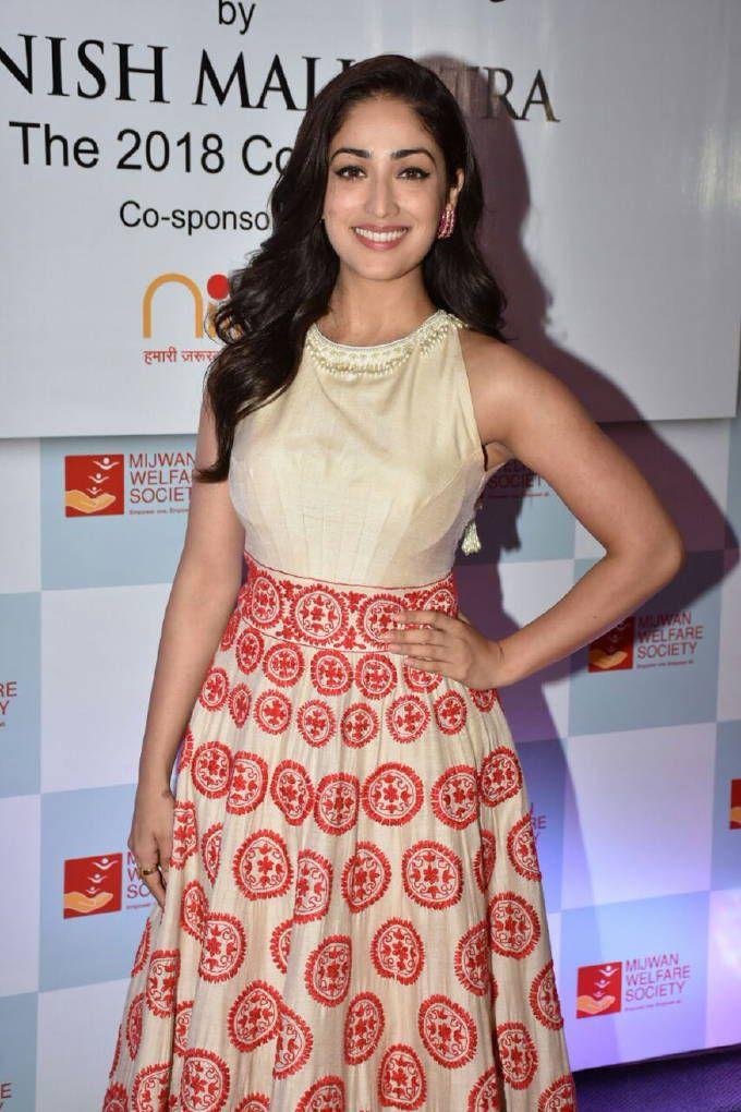 South indian actress hot boobs 6