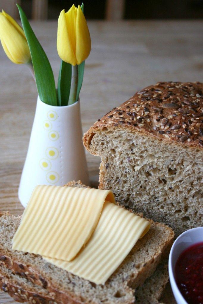 Smakfulle brød - grunnoppskriftPå kjøkkenbenken | God mat skal lagast med kjærleik og rause mål