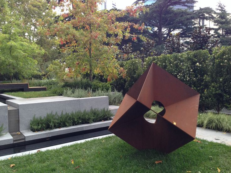 Melbourne international flower and garden show gardens for Outer space design melbourne