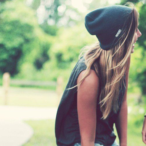skater girl outfits . casual outfits for teens . beanie . black teens