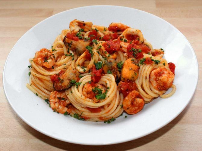 Tenger gyümölcsei spagetti recept