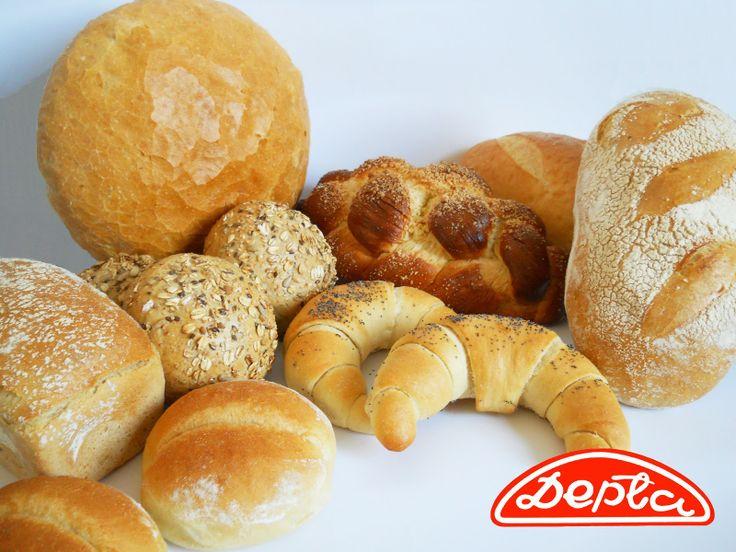 Co najchętniej zjedlibyście na śniadanie? #pieczywo z #piekarnia #depta w #częstochowa #chleb #chałka #rogaliki #bułki #bread #breakfast #sniadanie