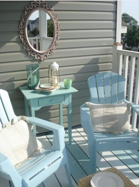 Perfect for the beach house I will have one day! Love the colors here that are perfect together. Gorgeous shade of gray. Beautiful shades of blue and green......