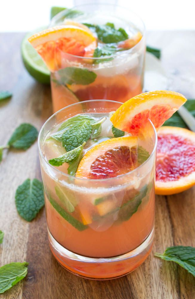 Blood orange mojitos
