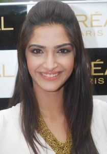 Sonam Kapoor Plastic Surgery Before and After - http://www.celebsurgeries.com/sonam-kapoor-plastic-surgery-before-after/