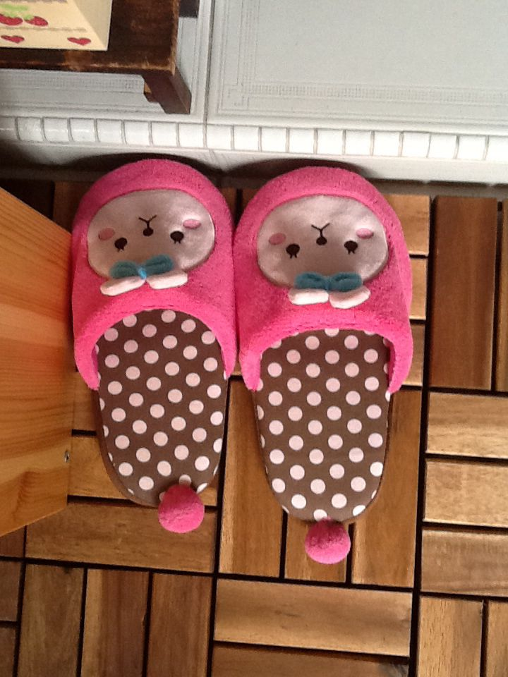 Baby Girl Bedroom Slippers: 40 Best Bedroom Slippers Images On Pinterest