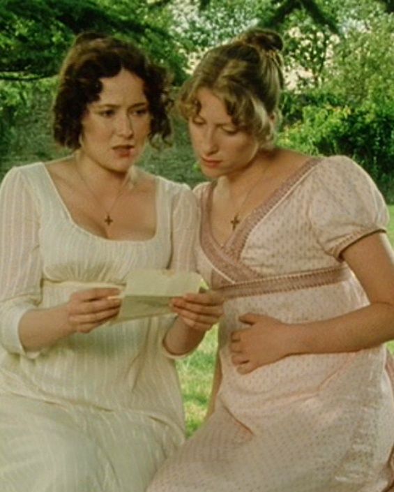Jennifer Ehle (Elizabeth Bennet) & Susannah Harker (Jane Bennet) - Pride and Prejudice directed by Simon Langton (TV Mini-Series, BBC 1995) #janeausten: