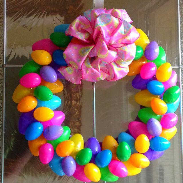 Easy Easter Egg Wreath