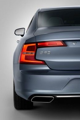 Volvo S90 - Rear end
