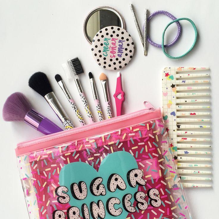 Essential kit ;) #Todomoda #beauty #makeup #loveit