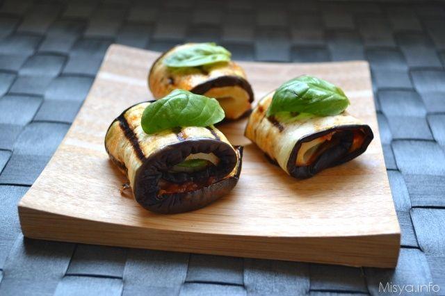 Involtini di melanzane. Ogni involtino ha solo 46 Kcal, così da renderli light. Scopri la ricetta: http://www.misya.info/2007/09/01/involtini-di-melanzane.htm