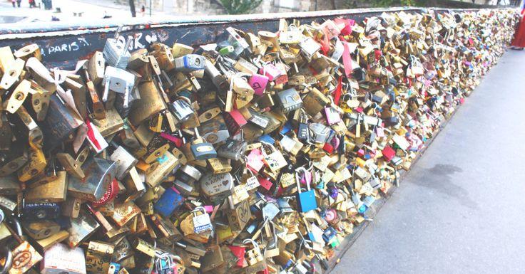 Lovelock Bridge Paris