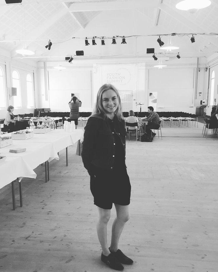 Efter flere ugers hårdt arbejde er Christina klar til Youth Fashion Summit @christinaiskov #dafi #sustainability #youthfashionsummit2016 #copenhagenfashionsummit Re-post by Hold With Hope