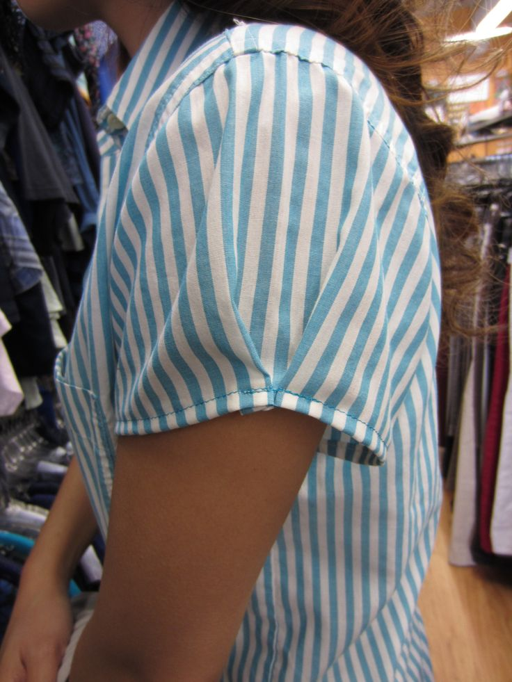 fitted short sleeves - handy to know when doing a man's shirt redo!