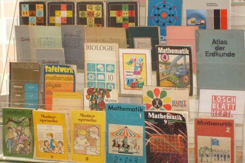 Schul-/Sachbücher (Geschichte, Biologie...)