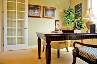 Home Office Decorating Idea, sunny, spacious and traditional