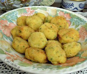 """Polpettine di merluzzo e patate. Seconda versione, la prima è qui. Nate da un """"avanzo"""" di merluzzo lesso, queste polpettine sono delicatissime e veramente"""