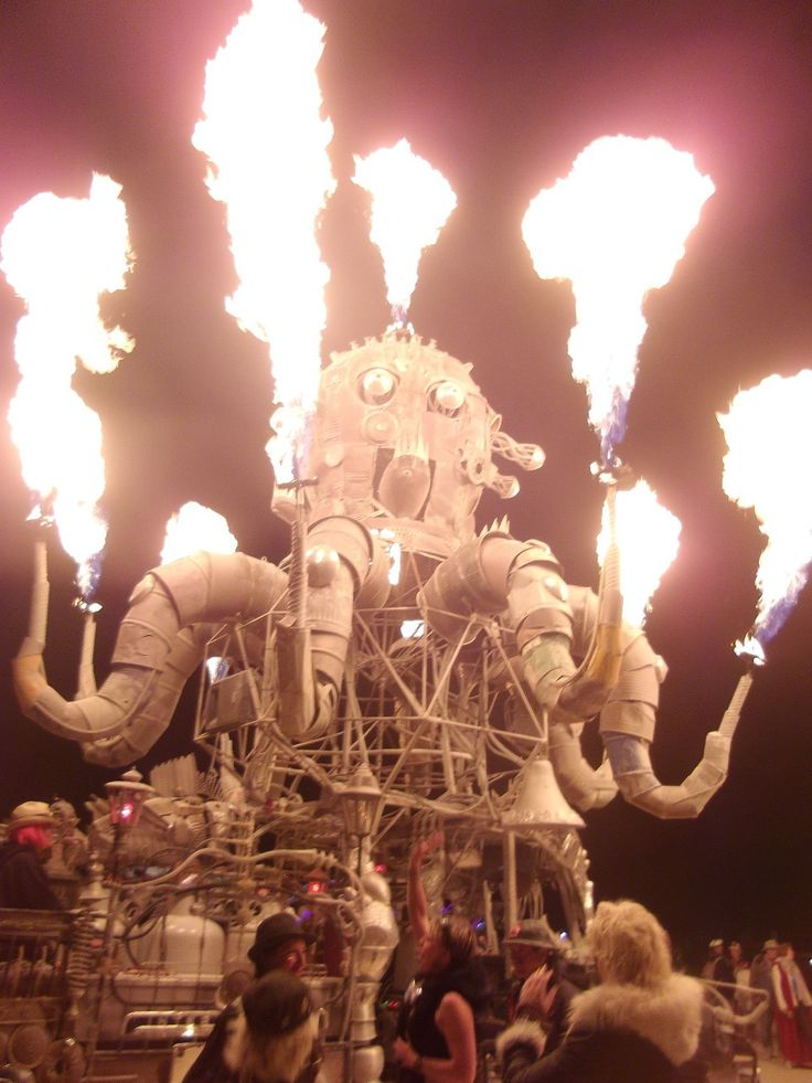 """""""Photo oublié du burning man"""" by TravelPod blogger marco-2010 from the entry """"Mexico city!"""" on Tuesday, September 22, 2015 in Mexico City, Mexico"""