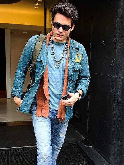 We seriously dig John Mayer's unique sense of style! Check out the hunky musician in a hippy-meets-earthy ensemble, topped off with chic shades!