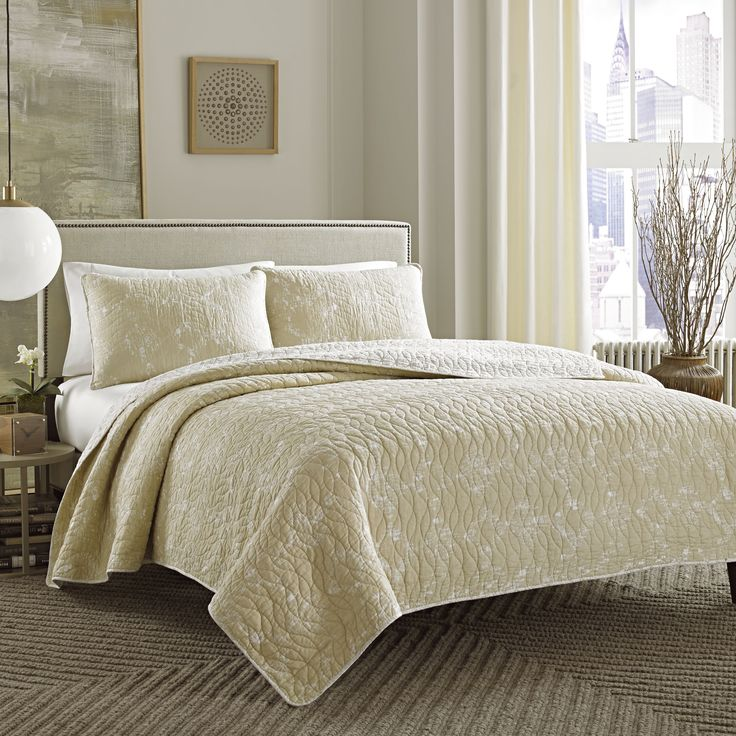 1000+ Ideas About Neutral Bedrooms On Pinterest