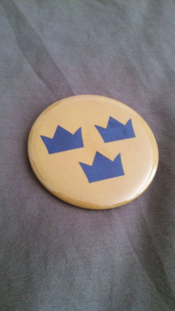 Sweden Hockey Tre Kronor Pinback Button 2.25 by RockBetty on Etsy, $2.00