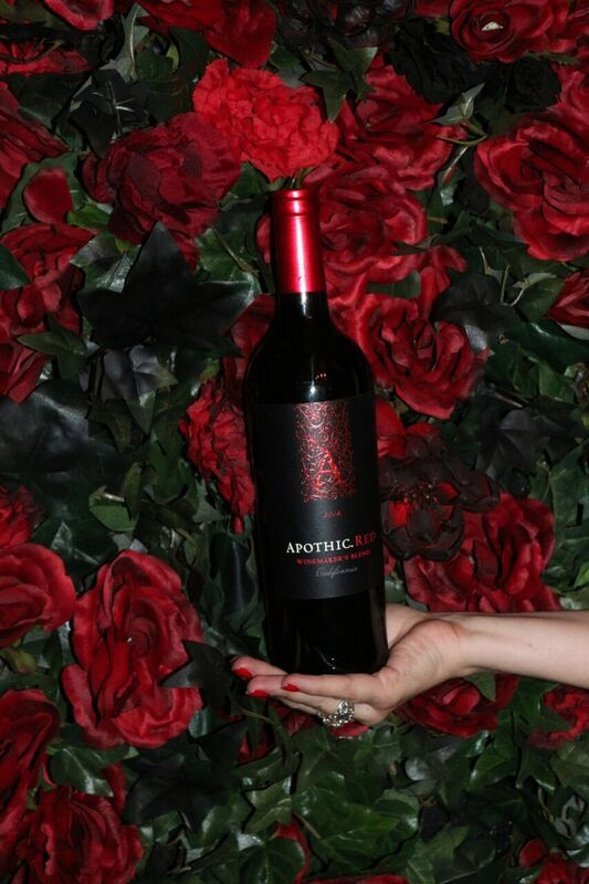 All photos by Lauren Hildebrand  Apothic Wine  Apothic Red www.double-tees.com