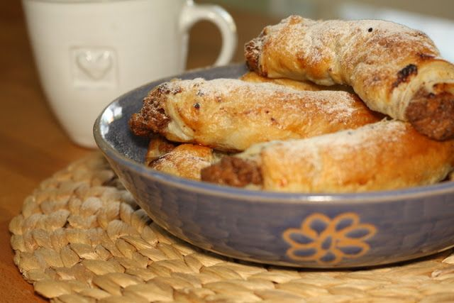 Ořechovo- meruňkové rohlíčky