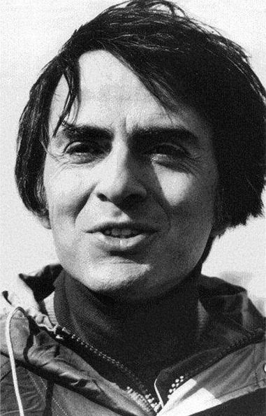 [persona] Carl Sagan was an American astronomer, cosmologist, astrophysicist, astrobiologist, author, science popularizer, and science communicator in astronomy and other natural sciences.