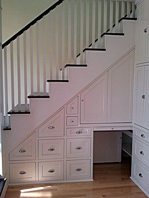 Love this use of under-stair space!