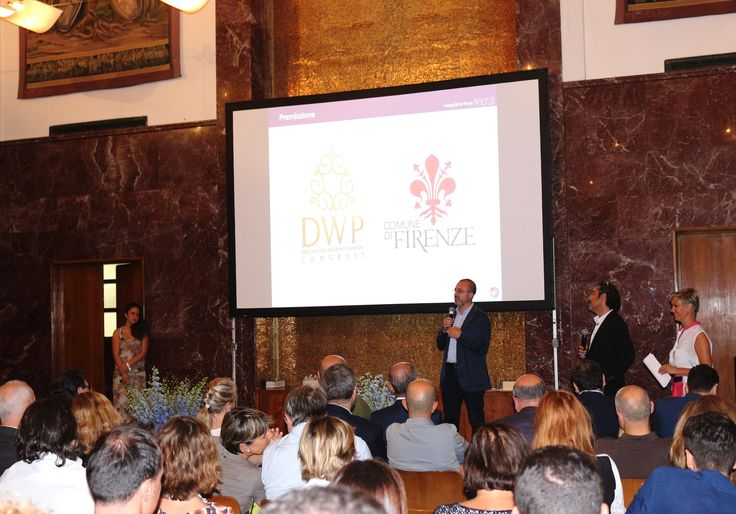 The Councillor Giovanni Bettarini awarded Savio Firmino for its hard-work and commitment to increasing the prestige of the City during the Destination Wedding Planners Congress in 2016 with the Official Prize of the City of Florence #Florence #dwp16 #fcvb