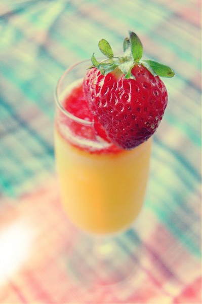 St. Germain and Strawberries. You'll thank me later.: St., Drink Me, Drinks Me, Germain, Strawberries Bourbon