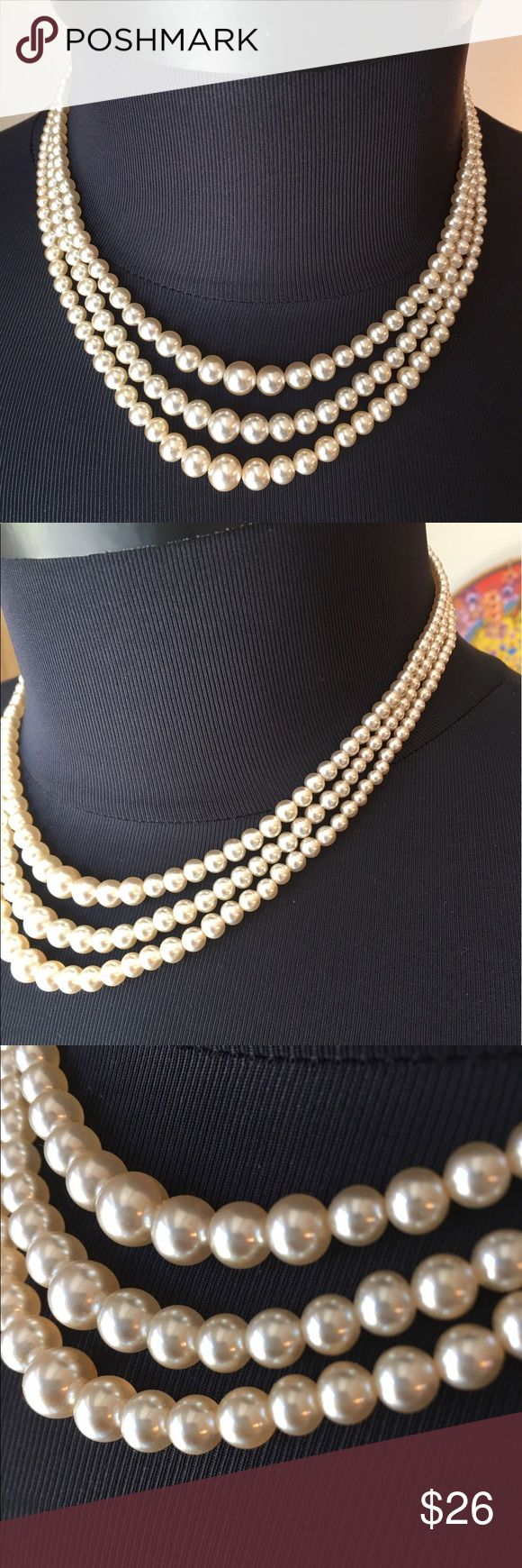 ⭐️NEIMAN MARCUS VINTAGE 1950's PEARL STRANDS 💯 NEIMAN MARCUS EARLY 1950's TRIPLE STRAND OF FAIX PEARLS. STUNNING AND STYLISH ALWAYS ON TREND. SO BEAUTIFUL. PURCHASED AT THE DALLAS NEIMAN  MARCUS IN THE EARLY 1950's. THE LENGTH IS 16.5 INCHES. FABRICATED IN JAPAN Neiman Marcus Jewelry Necklaces