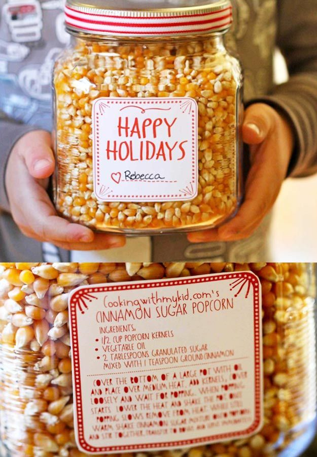 Homemade DIY Gifts in A Jar | Best Mason Jar Cookie Mixes and Recipes, Alcohol Mixers | Fun Gift Ideas for Men, Women, Teens, Kids, Teacher, Mom. Christmas, Holiday, Birthday and Easy Last Minute Gifts | Cinnamon Sugar Popcorn in a jar Holiday Gift |  http://diyjoy.com/diy-gifts-in-a-jar