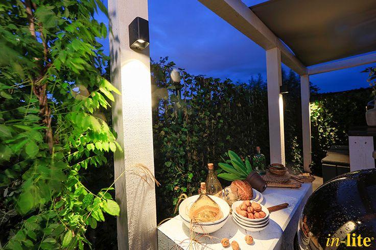 Luxe familietuin   Eigen Huis & Tuin   Tuinverlichting   12V   wandlamp ACE DOWN DARK   Tuininspiratie   Garden   Outdoor Lighting   in-lite