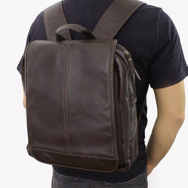 Mochila em couro legítimo modelo unissex, toque macio, forro interno espaço acolchoado para tablet, Ipad ou notebooks até 14.