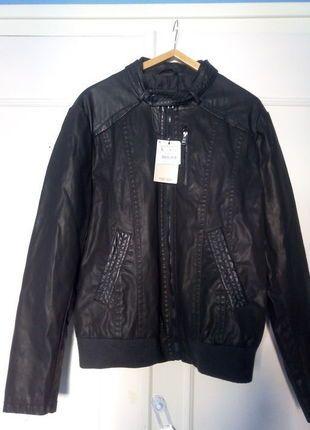 À vendre sur #vintedfrance ! http://www.vinted.fr/mode-hommes/vestes-en-cuir/22434516-blouson-simili-cuir-zara-neuf