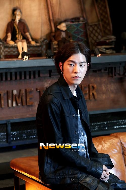 hong jong hyun dating agency cyrano Hong jong-hyun biography with  in a television series named jeon woo-chi in 2012 and dating agency: cyrano in 2013 hong got his first lead role in 2014 in.