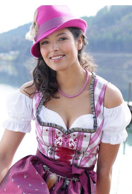 Bayrisches #Madl im #Dirndl - #bavarian #style #fashion