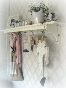 ♥ Overal heb ik soortgelijke kapstokken hangen, geweldig om jullie leuke spullen op te zetten ♥