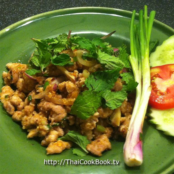 One Thai food group that is often overlooked by westerners is salad. Of course most of you are familiar with Som Tom, our delicious green Papaya Salad, but did you know that we have a delicious minced meat salad call Larb?