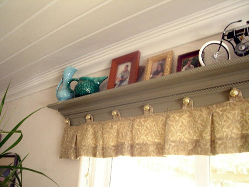 Shelf over window + valance [The way this one is done is a bit much but I like the idea!]